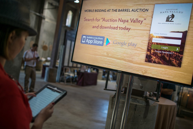 US$18.7 miliion was rasied at Napa Valley Vintners' Auction Napa Valley held on June 6, boosted by bidding permitted with the use of a mobile app.